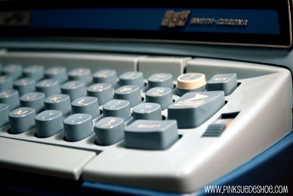 right side of typewriter